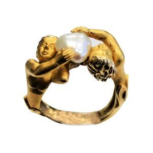 Carrera y Carrera 18K Yellow Gold With Cultured Pearl Cherub Ring Size 6.5