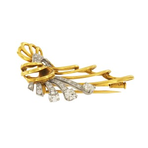 Vintage 18K Yellow Gold with 3.00ct Diamond Unique Brooch