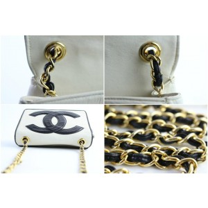 Chanel Chain Extra Large Cc 225721 White X Black Leather Shoulder Bag