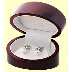 18K White Gold South Sea Pearl Bow-Tie Diamond Earrings