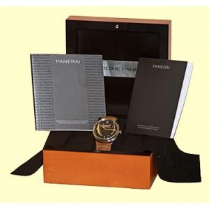 "Panerai ""Radiomir"" PAM 425 Stainless Steel Strapwatch"