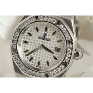 Audemars Piguet Royal Oak 67621ST.ZZ.1230ST.01 33mm Womens Watch