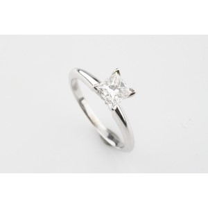 14K White Gold with 0.71ct. Diamond Solitaire Engagement Ring Size 5