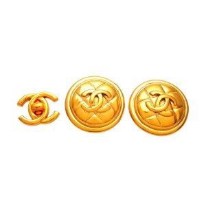 Vintage Chanel Earrings Quilted Round CC Logo