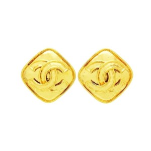 Chanel Gold Tone Hardware Rhombus CC Logo Double C Vintage Earrings