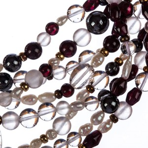 Vintage Rock Crystal Garnet Hematite and Freshwater Pearl Bead Necklace