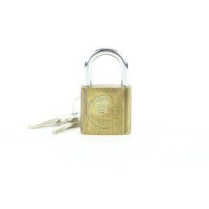 Fendi Ultra Rare Fendi Padlock and Key Set Lock Cadena Bag Charm 146ff25