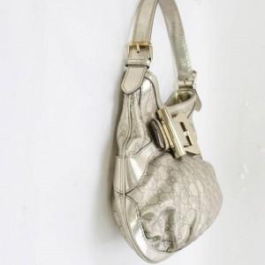 Gucci Hobo Metallic Queen 868065 Silver Coated Canvas Shoulder Bag
