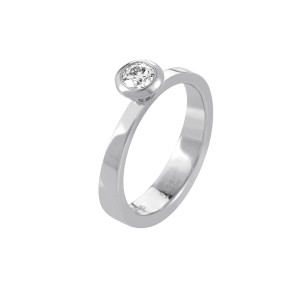 Gucci 18K White Gold Diamond Solitaire Engagement Ring