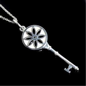 36ca597d7 Tiffany & Co. 925 Sterling Silver with Diamond Key Pendant Necklace ...