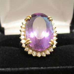14K Yellow Gold Amethyst & Diamond Cocktail Ring Size 8
