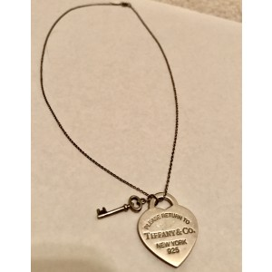 Tiffany Co Sterling Silver Return To Tiffany Heart Tag Key Pendant Necklace Tiffany Co Buy At Truefacet