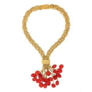 Le Metier De Beaute Neiman Marcus Limited Edition Holiday Necklace