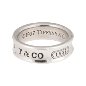 Tiffany & Co. 925 Sterling Silver Ring Size 8.5