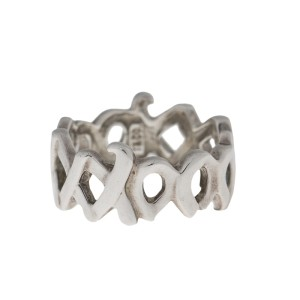 Tiffany & Co. Paloma Picasso Sterling Silver XoXo Ring Size 7.75