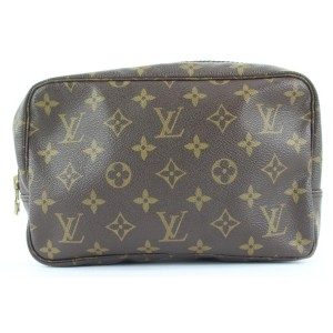 Louis Vuitton Monogram Trousse Toilette 23 Cosmetic Pouch 128lvs23