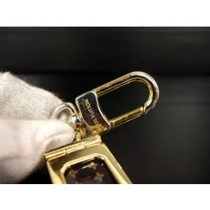 Louis Vuitton (Ultra Rare) Supreme Dice Keychain Set 235743