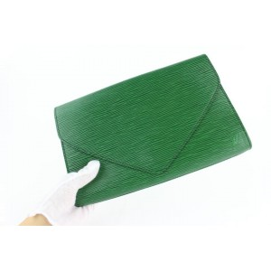 Louis Vuitton Green Epi Borneo Pochette Art Deco Envelope Clutch 18LZ1106