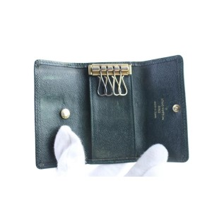 Louis Vuitton Multicles Key Holder 17lr0621 Green Taiga Leather Clutch