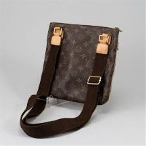 Louis Vuitton Pochette Bosphore Monogram 5lva82 Brown Coated Canvas Cross Body Bag