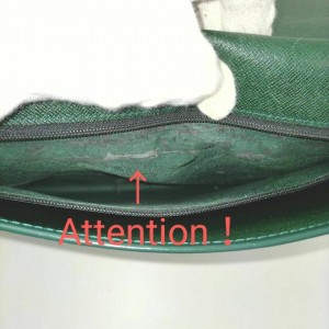 Louis Vuitton Green Taiga Portfolio Clutch Porte Document Volga Fold 860675