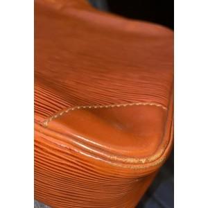 Louis Vuitton Brown Epi Leather Trocadero 27 Crossbody 12LVA1016