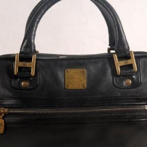Mcm Boston 869322 Black Leather Shoulder Bag
