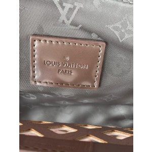 Louis Vuitton Limited Edition Metallic Pink Patent Leather Jelly MM Bag 4lv628