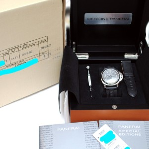Panerai  Pam 318 Limited Edition Stainless Steel Watch