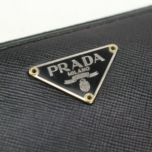 Prada Black Saffiano Leather Zippy Long Continental 871093 Wallet