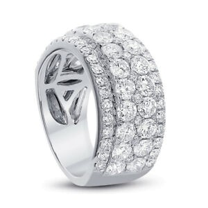 Cocktail Ring with 3.07ct. of Total Diamond Weight