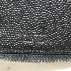 Salvatore Ferragamo Black Gancini Logo Zip Around Wallet Long Zippy Caviar Leather 860595