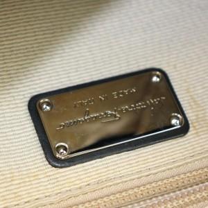Salvatore Ferragamo Messenger Crossbody Gancini Logo 872557 Black Canvas Shoulder Bag