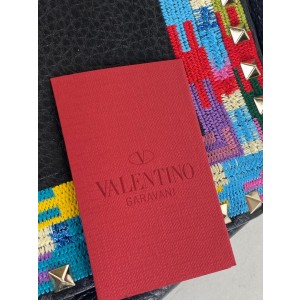 Valentino Messenger Flip-lock Rockstud Limited Multicolor 18val531 Black Leather Cross Body Bag