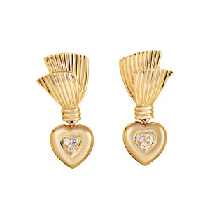Van Cleef & Arpels 18K Yellow Gold Diamond Heart Earrings