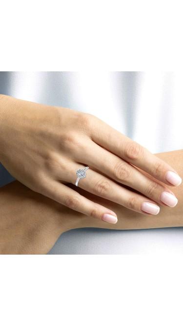 MadeForUs 1.00 Ct Oval Cut Lab Grown Diamond Halo Flower Ring in 14K White Gold (E-F, VS1-VS2, 1.00 cttw)