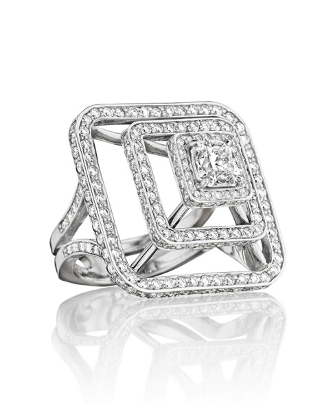 Piece Pyramid Diamond Ring (Medium)