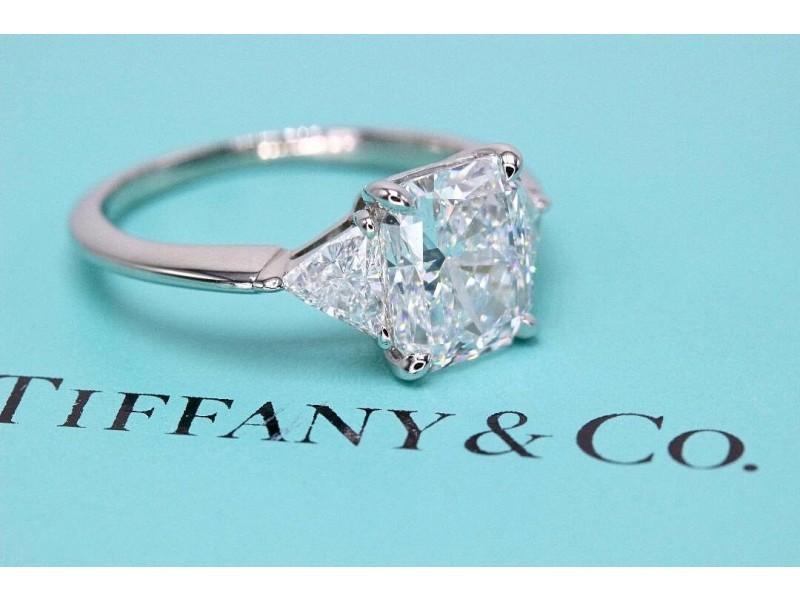 eee02f669 Tiffany & Co Platinum Diamond Engagement Ring 3 Stone Radiant Cut 3.03 tcw  D VS1. 1