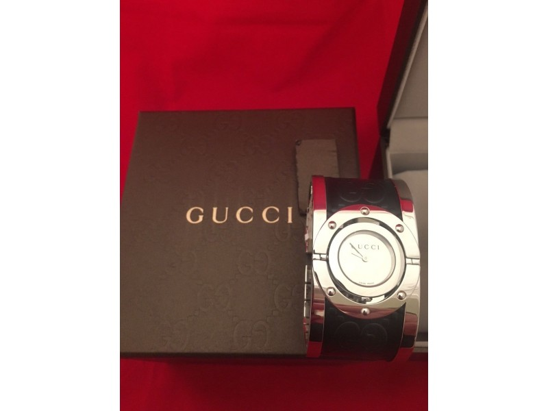 4ceea22c4d9 Gucci Twirl YA112441 Stainless Steel Womens Watch. 1. 2