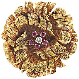 Van Cleef & Arpels Ruby Diamond Gold Flower Brooch