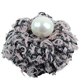 CHANEL pink black tweed/Fake pearl camellia corsage Brooch