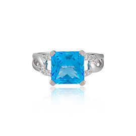 14k White Gold Swiss Blue Topaz Ring Size 7