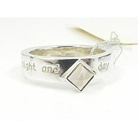 Take Up Sterling Silver Moonstone night and day Ring
