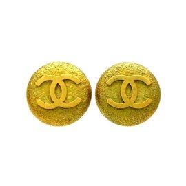 Chanel CC Logo Gold Tone Hardware Earrings