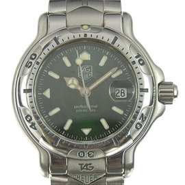 Tag Heuer Professional WH1317 Stainless Steel Green Dial Quartz 29mm Womens Watch