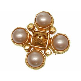 Chanel Gold Tone Hardware with Simulated Glass Pearl Vintage Brooch