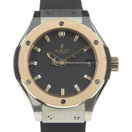 Hublot Classic Fusion 581. No.1180.rx 18K Gold / Titanium and Rubber Quartz 31mm Womens Watch