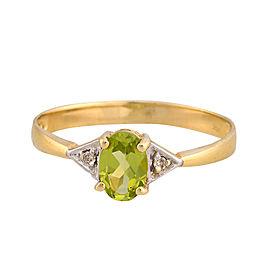 14K Yellow Gold Peridot and Diamond Ring Size 6.5