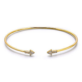 14k Yellow Gold Diamond Arrow Bangle