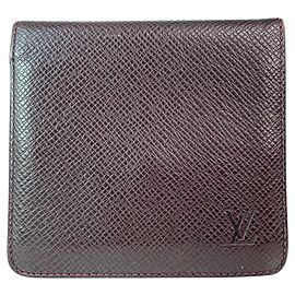 Louis Vuitton Bordeaux Taiga Leather Bifold Wallet Card Holder 15L918